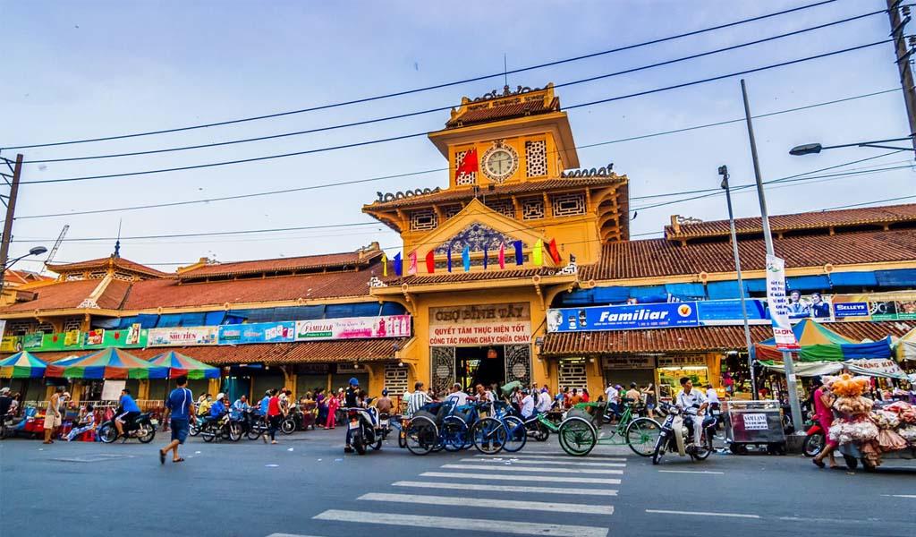 Chợ Bình Tây- Venus Luxury Quận 5